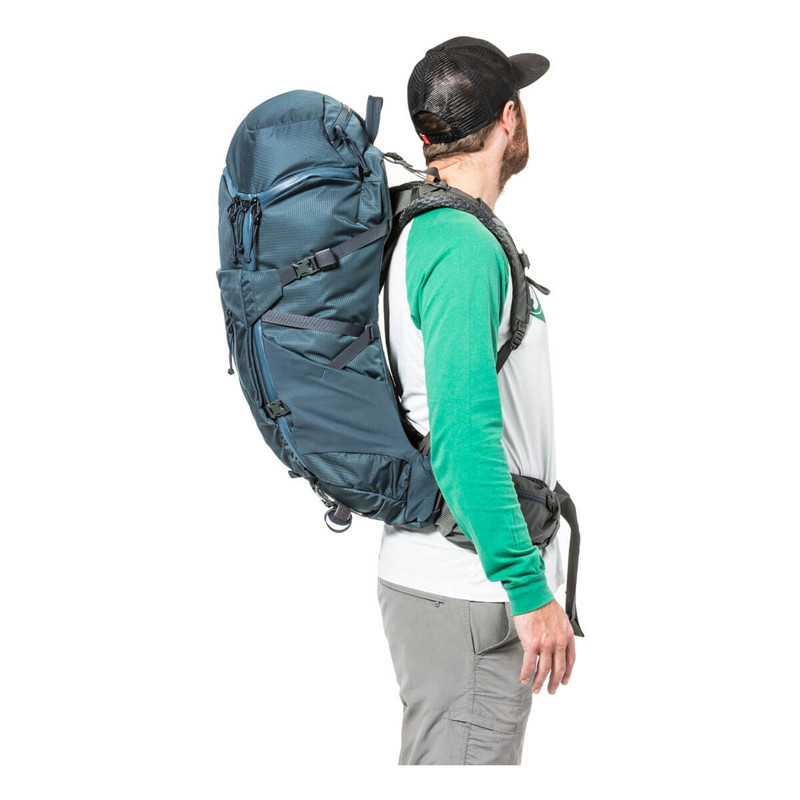 Women's Hover Pack 40 - Deep Sea (On Model - Profile)